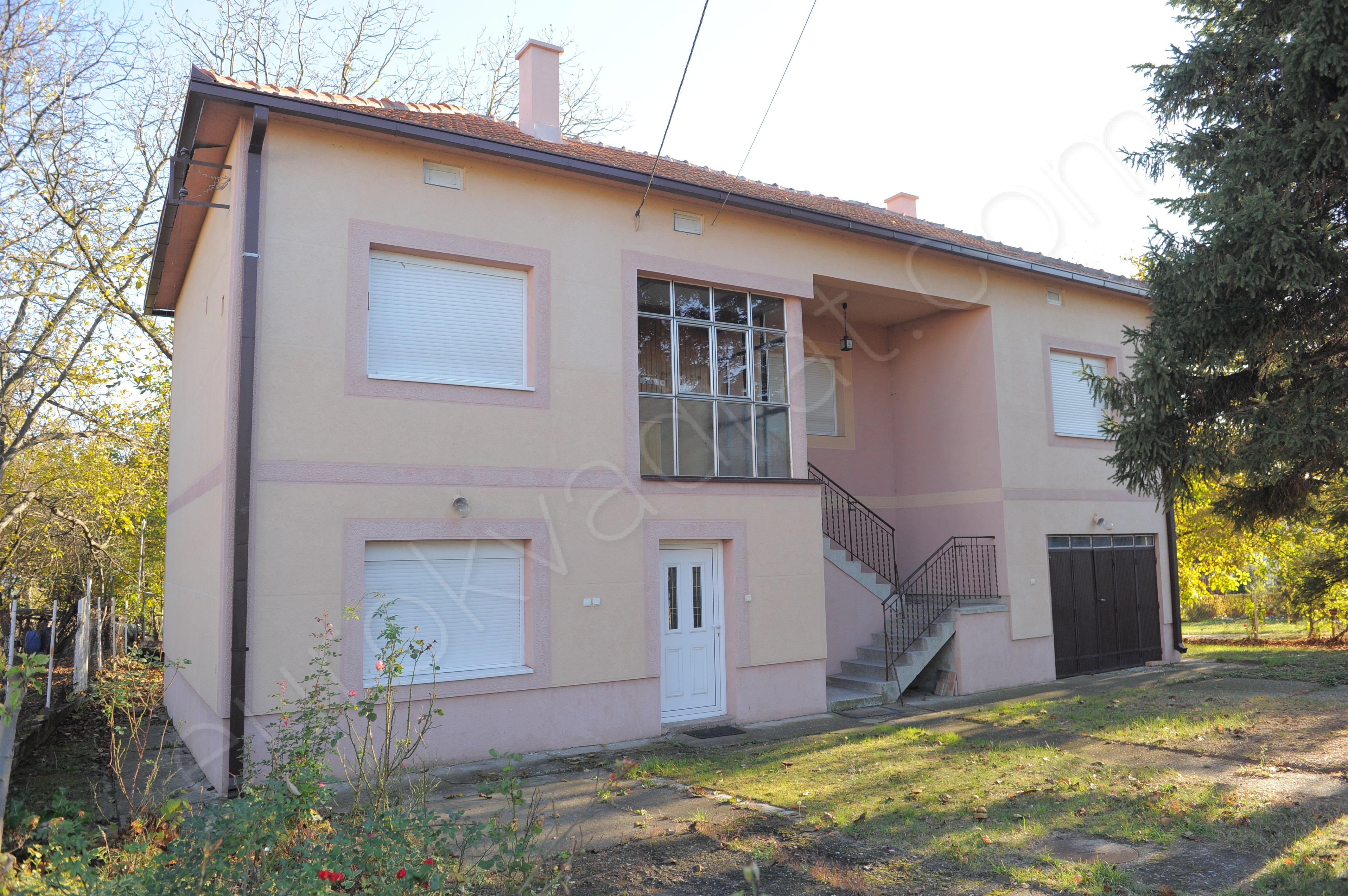 kuća, GROCKA, VINČA, Profesora Vasića , 210m2, 14 ari